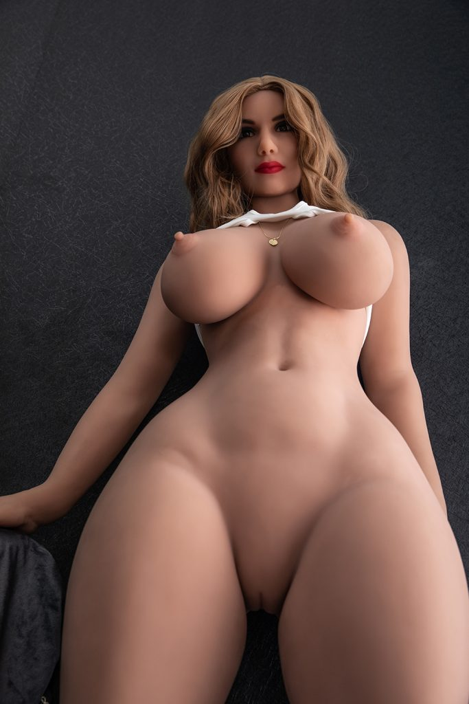 Cornelia is looking intensely at her husband. She is angry and hot blooded right now. Fuck me right now or else no dinner for you !!!! Who can resist this shapely sex bomb? Cornelia is looking hot and so fuckable right now.
